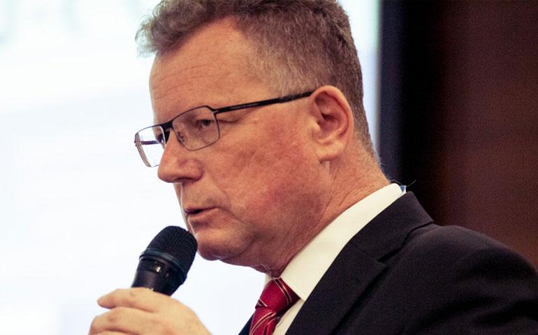 Tomasz Boruc dyrektor zarządzający SHE