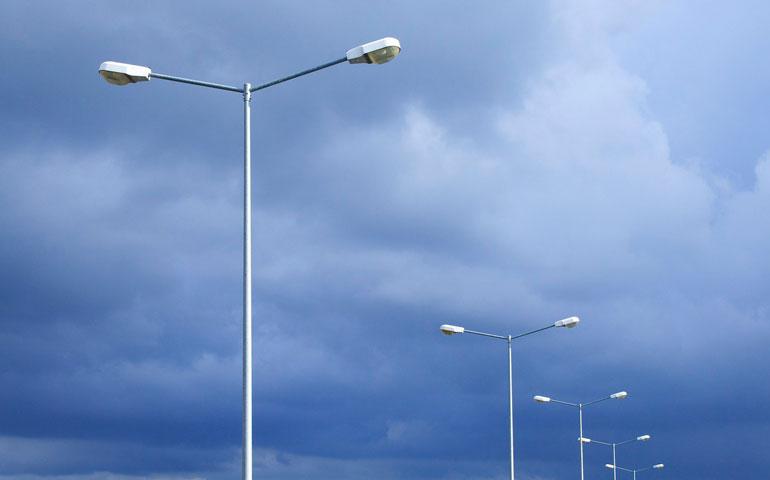 Spadły ceny opraw ulicznych LED
