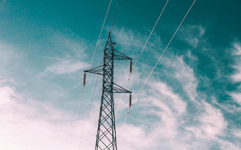 Najwięcej przetargów w czwartym kwartale 2019 r. dotyczyło energii elektrycznej