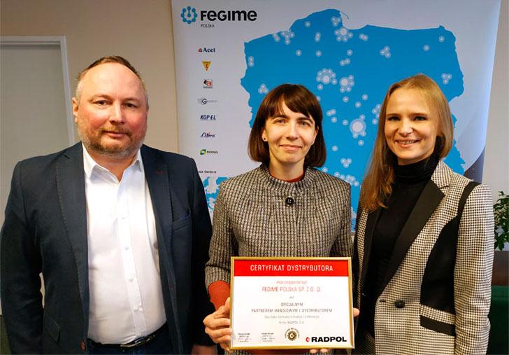 wręczenie certyfikatu Radpol dla Fegime Polska