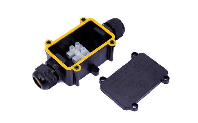 Wodoodporne puszki połączeniowe IP68