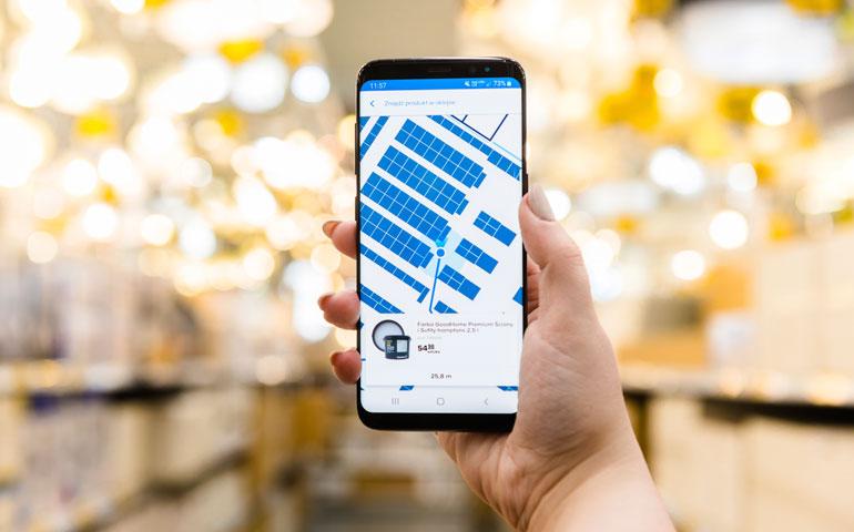 W Polsce działa pierwszy system nawigacji produktów przez platformę oświetleniową