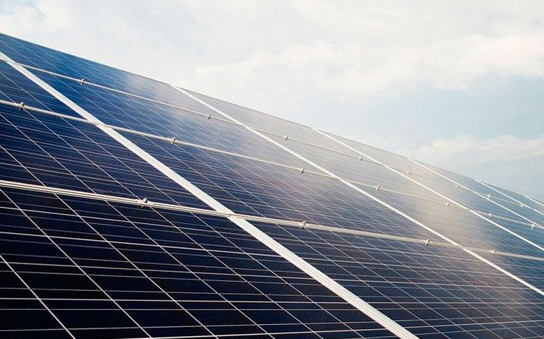 Polski przemysł fotowoltaiczny wzbogaci się o kolejną fabrykę paneli PV