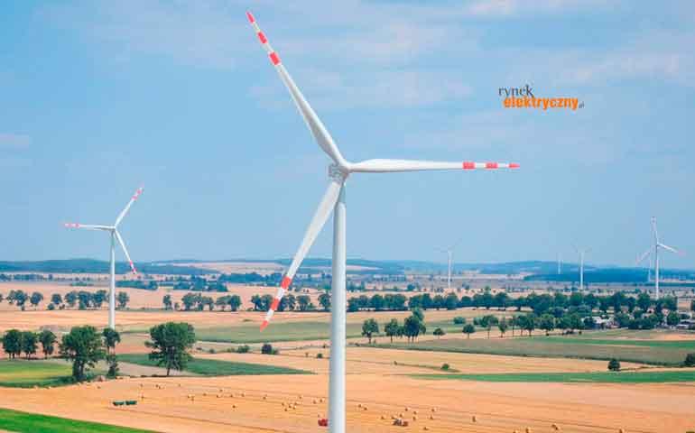 Moc zainstalowana farm wiatrowych AKTUALIACJA