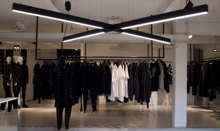 oprawy Allday Inspire Spectrum LED w sklepie odzieżowym