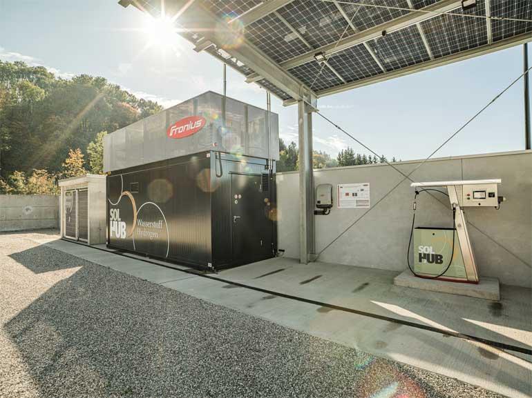 stacja ładowania pojazdów wodorem przy siedzibie Fronius w Austrii