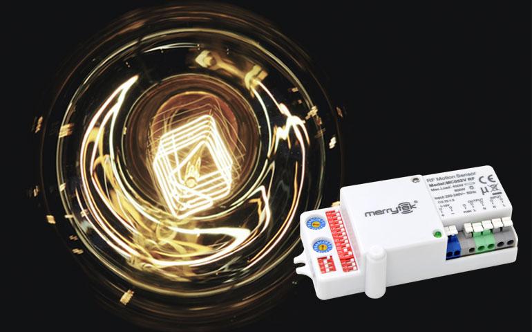 Światło w ruchu – czujniki Merrytek w oprawach oświetleniowych