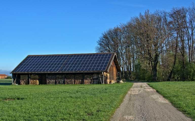 200 milionów dla rolników na zielone instalacje